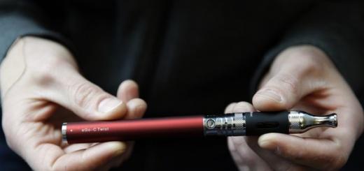По мнению ученых, электронные сигареты могут представлять большую опасность для подрастающего поколения. Причиной этого является безответственность взрослых.