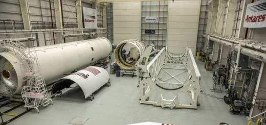 NASA обнародовало итоги расследования обстоятельств крушения ракеты Antares (Orbital ATK's Antares), запущенной к МКС и взорвавшейся на старте год назад. В инциденте космическое агентство обвинило двигатели российского производства.