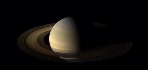 Одно из колец Сатурна может содержать крупные ледяные глыбы