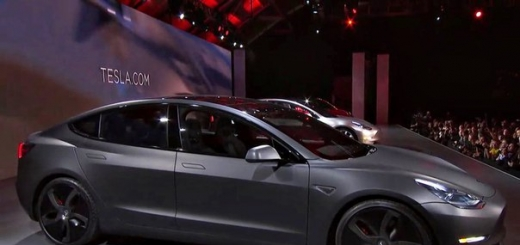 Никакого бензина, чистое электричество: Tesla представила долгожданный электромобиль Model 3
