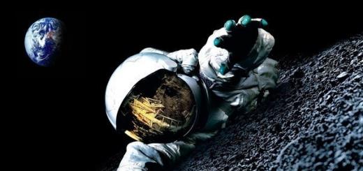Космонавт, впервые в истории человечества выбравшийся в открытый космос, не смог влезть обратно. Он вольно парил на конце 5-метровой верёвки над планетой, а вот когда пришла пора возвращаться — выяснилось, что скафандр разбух и никак не пролезает в шлюз.