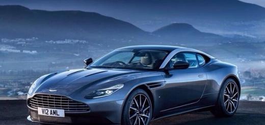 Cуперкар Aston Martin DB11