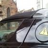 Ученые из лаборатории Кембриджского университета представили литий-кислородные аккумуляторы для электромобилей, работающие на 93% эффективнее своих предшественников и обладающие возможностью перезарядки до 2 тысяч раз.