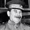 Иосиф Сталин известен как тиран и прославился на весь мир своим жестким характером. Товарищ Сталин обладал специфическим чувством юмора, специфическим, но очень остроумным. Иногда свои решения и умозаключения он озвучивал с юмором, но тем, кому он это говорил было далеко не до смеха. Представляем ва